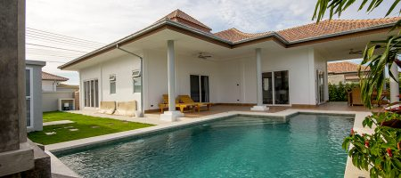 Beautiful Villa at Mali Hua Hin 112 (11192)