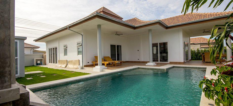 Beautiful Villa at Mali Hua Hin 112 (11192)