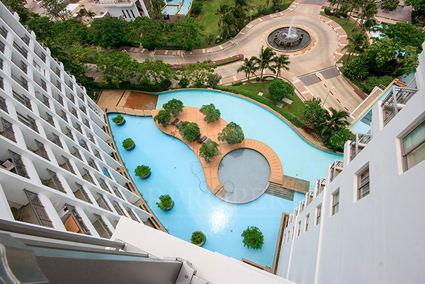 Beautiful Condominium at Boat House for Sale (20337)