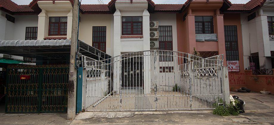 Beautiful Town Home For Sale Near Cha Am Beach (11288)