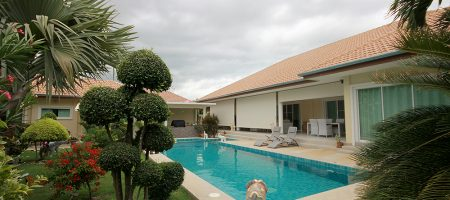 Beautiful Bungalow For Sale Hua Hin Soi 88 (11302)