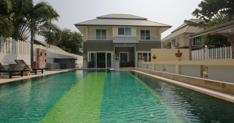 Beautiful Two Storey House For Sale (10863)