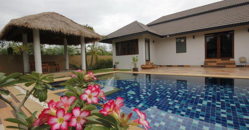 Luxury Pool Villa for Sale (10775)