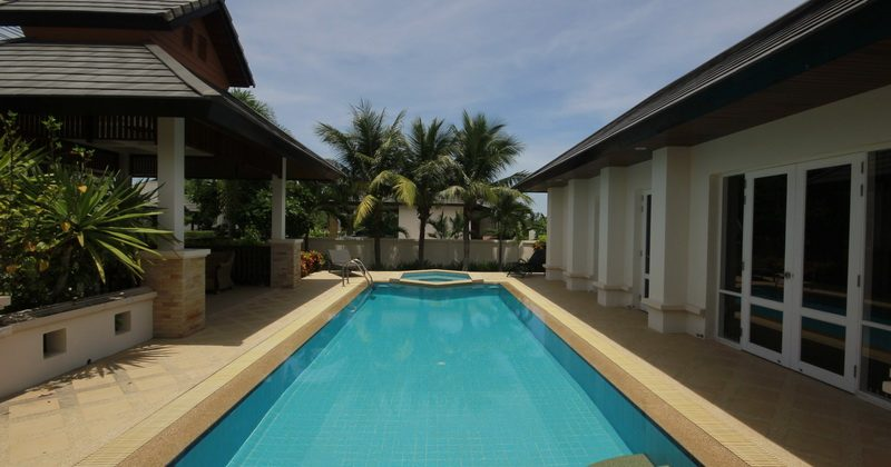 Beautiful Villa For Sale (10822)