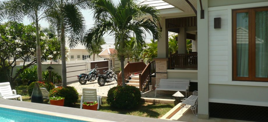Bungalow in Hua Hin for Sale (10732)