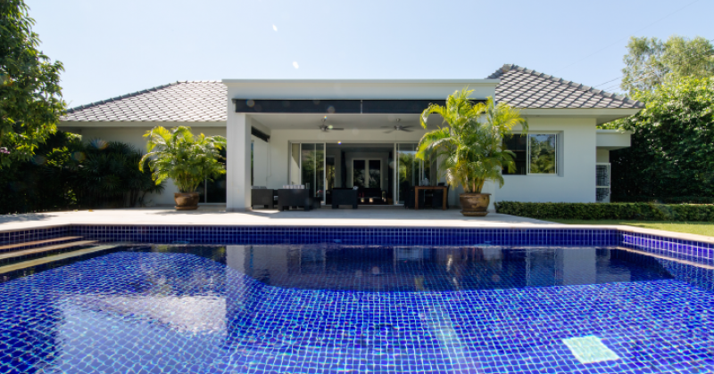 Luxury House for Sale (10994)