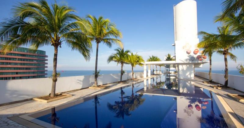 4 Bedrooms in Royal Princess Condominium for Sale (20660)