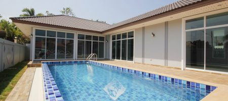 Villa for Sale in Town (10893)
