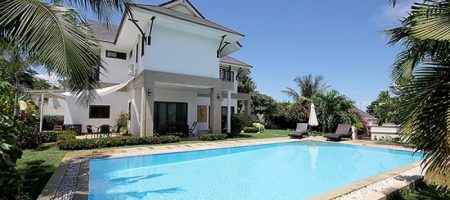 Beautiful House with Private Pool for Rent (30523)