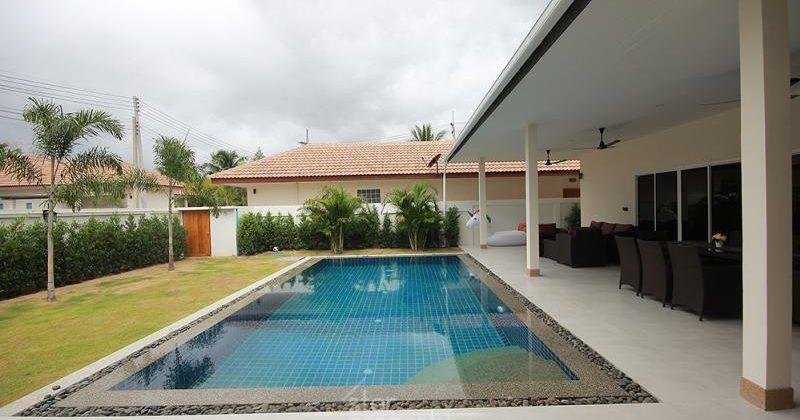 Palm Gardens Hua Hin Soi 70 for Rent (30700)