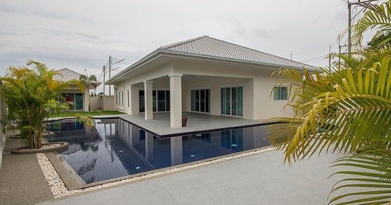 Beautiful Pool Villa For Rent (30656)