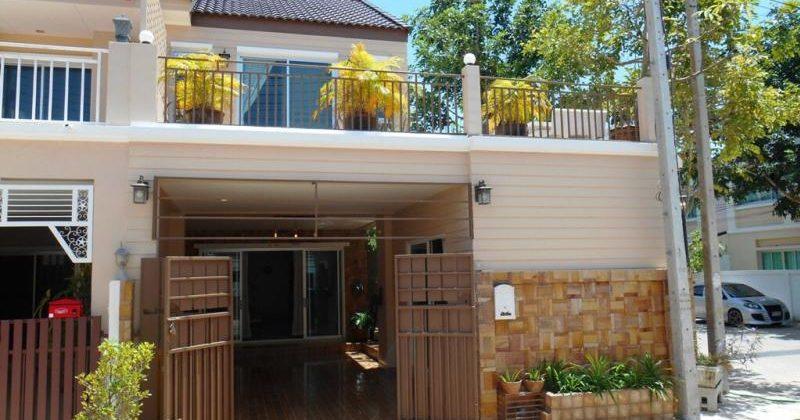 Beautiful House at Hua Hin Soi 94 for Rent (30697)
