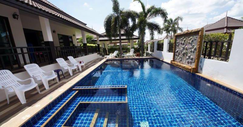 Beautiful Pool Villa for Rent (30629)