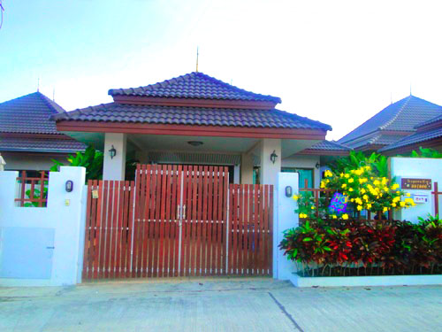 Bungalow in Hua Hin for Rent (30224)