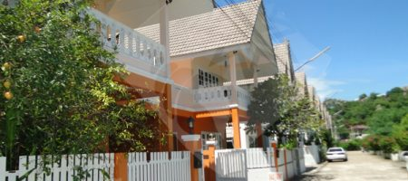 Townhouse for Rent at Khao Takeib (30404)