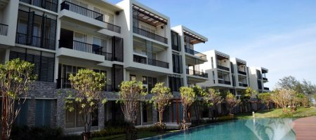 2 Bedrooms for Rent at Baan Nubkluen (40220)