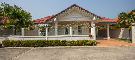 Beautiful Villa in Hua Hin for Rent (30614)