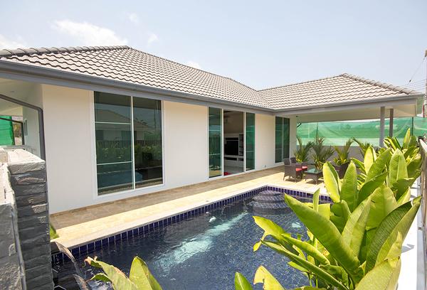Mil Pool Villa Soi 102 (30612)