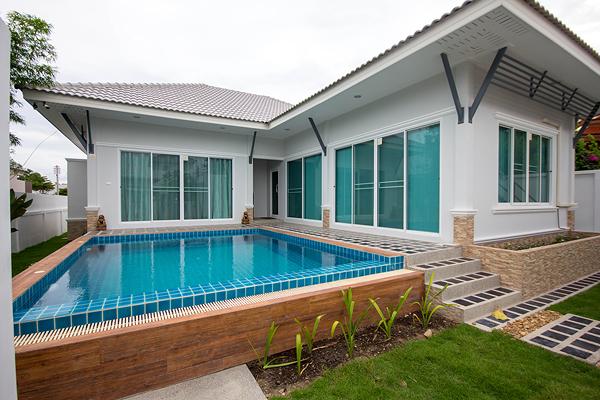Modern Thai Style Pool Villa in Hua Hin (30529)