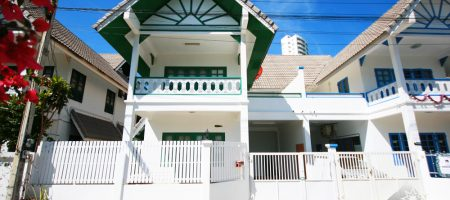 Townhouse for Rent Near Beach (30295)