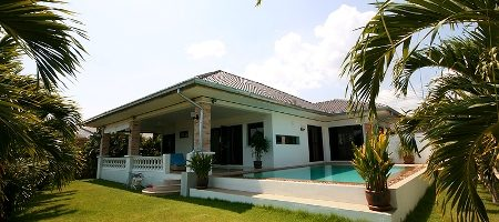 Beautiful Pool Villa for Rent (30497)