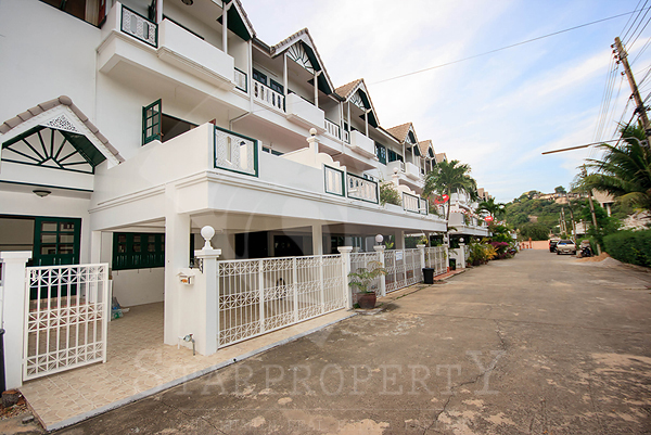 Townhouse for Rent at Khao Takeib (30416)