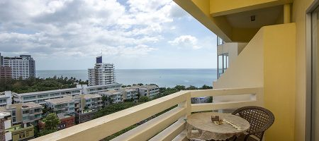 Sea View Condominium for Rent (40549)