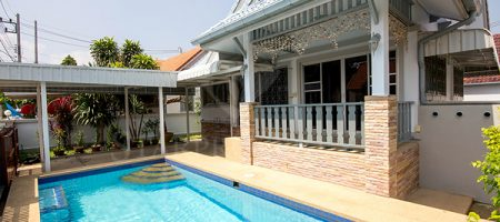 Beautiful House for Rent with Private Pool (30470)