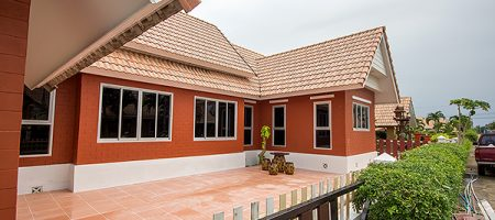 Beautiful Villa in Hua Hin for Rent (30579)
