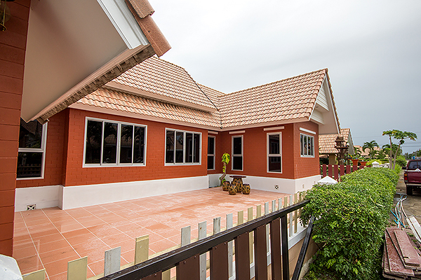 Beautiful Villa in Hua Hin for Rent (30579)