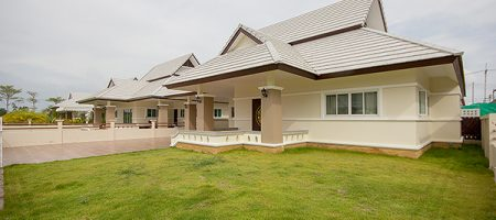 Beautiful Villa in Hua Hin for Rent (30582)