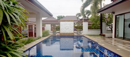 Beautiful Bungalow for Rent with Pool (30541)