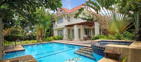 Luxurious Private Pool Villa Great For Large Family (30589)