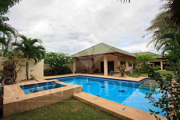 Coconut Gardens (30428)