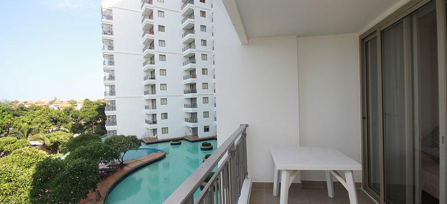 Beautiful Condominium with Sea View for Sale (20754)
