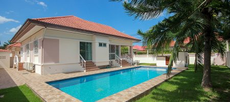 Beautiful Pool Villa for Sale (11323)