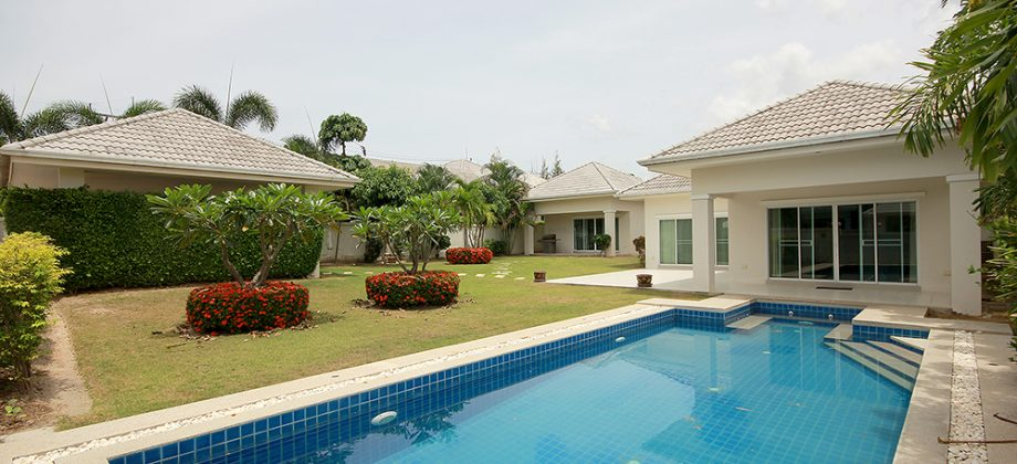 Beautiful Pool Villa for Sale at Gold HuaHin 88  (11338)