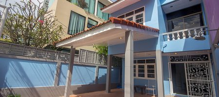 House in Town for Rent at Soi 41 (30660)