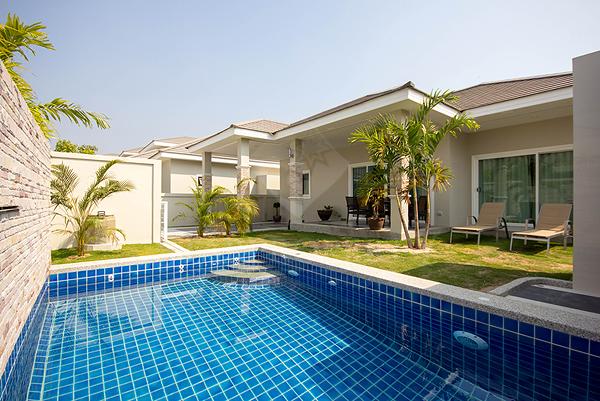 Beautiful Pool Villa for Rent (30491)