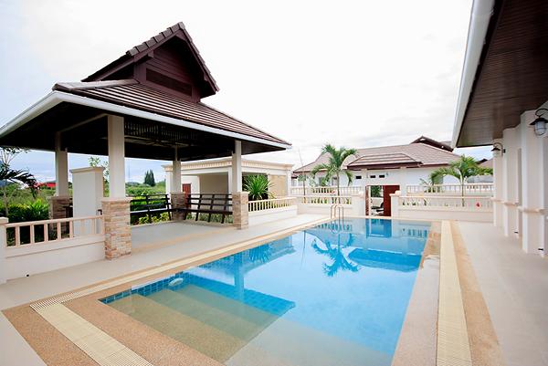 Beautiful Pool Villa for Rent (30434)