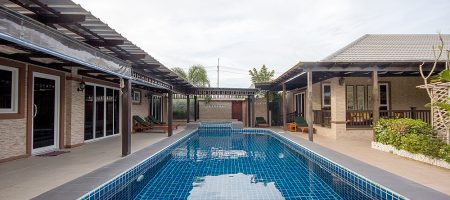 7 Bedrooms Bungalow for Rent with Private Pool (30665)