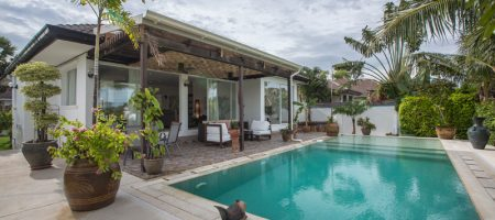 Beautiful Pool Villa for Rent (30649)
