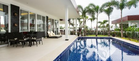 Modern Private Pool Villa For Rent (30423)