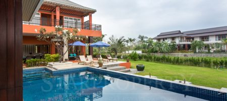 Luxury Two Storey for Rent (30249)