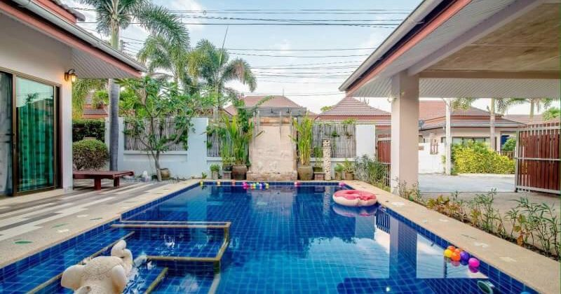Bungalow for Rent with Private Pool  (30672)
