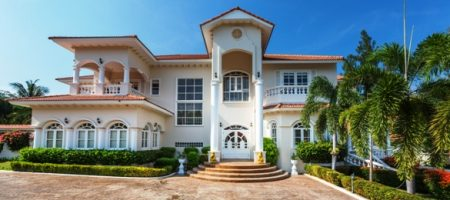 Luxurious House 2 Rai of Land for Rent (30570)