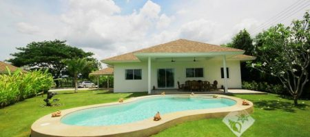 Beautiful Villa For Rent (30578)