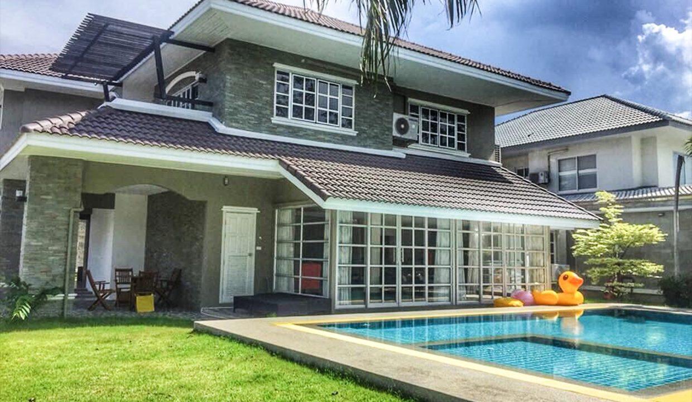 List-Sotheby-International-Realty-View-Point-94-Jomtien-Pool-Villa-exterior1