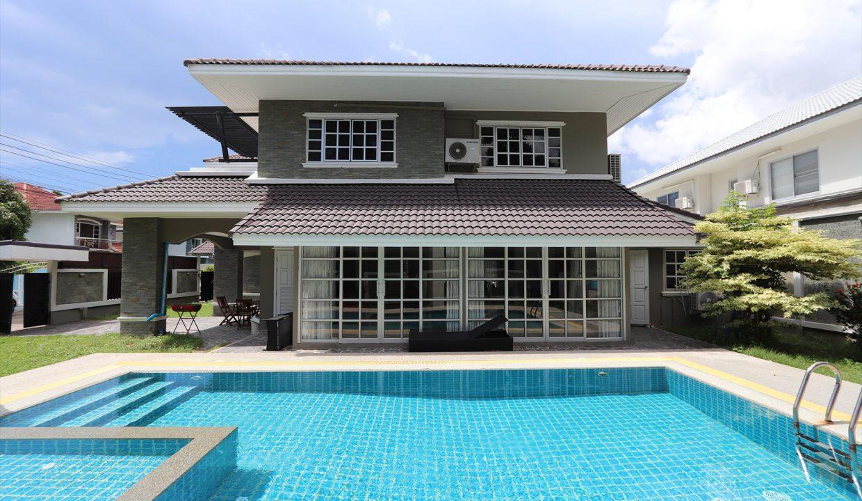 List-Sotheby-International-Realty-View-Point-94-Jomtien-Pool-Villa-exterior2