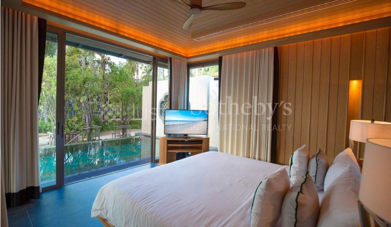 List-Sotheby-Thailand-BabaBeachClub-Phuket-Two-Bedroom-PoolVilla-for-sale-1-Bedroom (1)_1800x1200_display